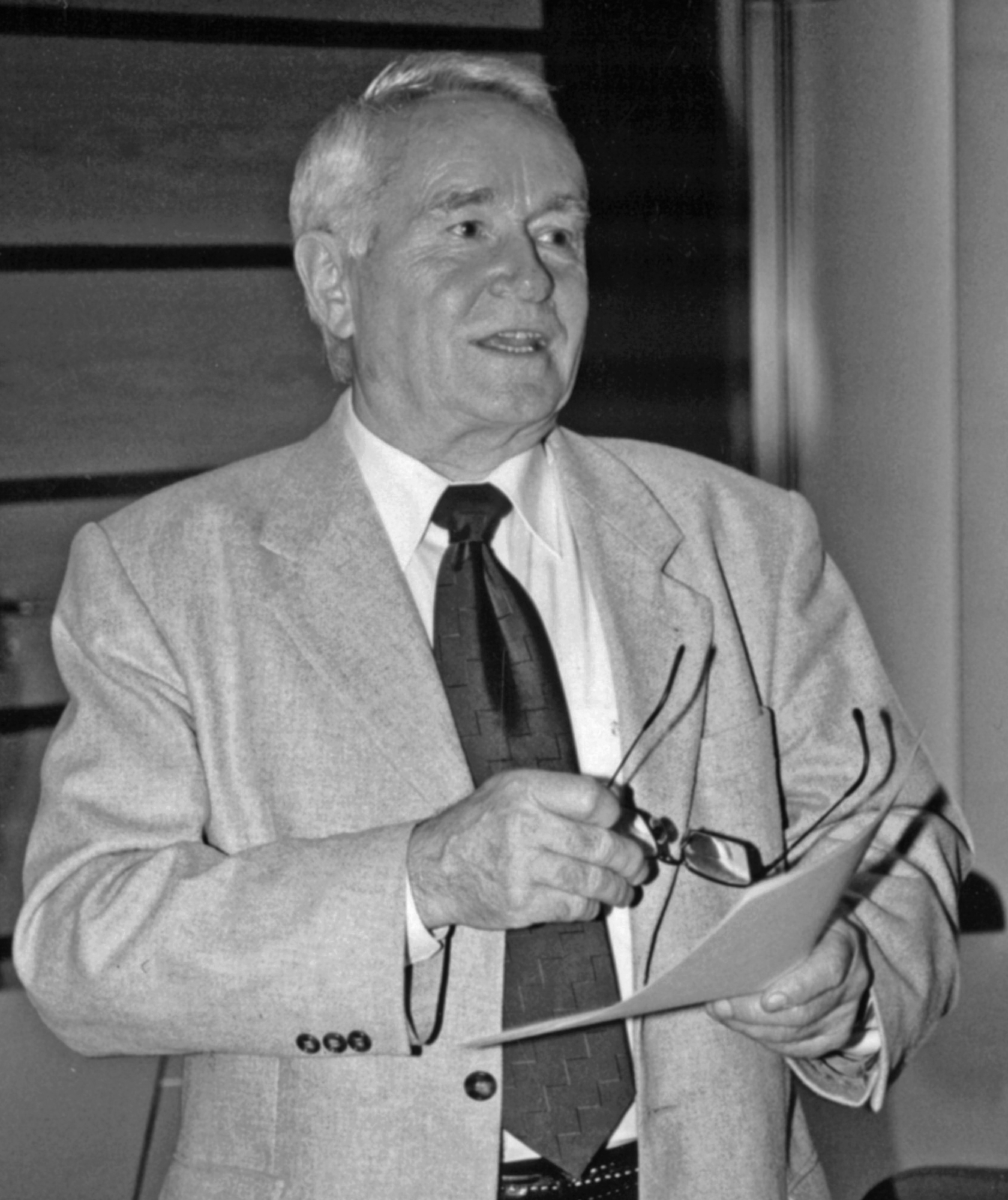 Prof. Dr. Helmut Klapper